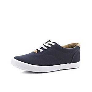 Boys navy canvas plimsolls