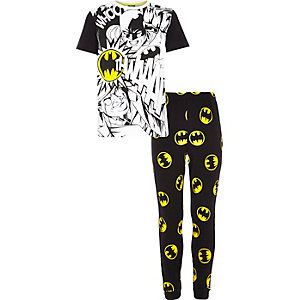 Boys black Batman print pyjamas