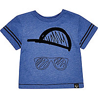 Mini boys hat and sunglasses print t-shirt