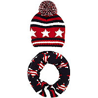 Boys red star stripe bobble hat and snood set