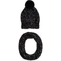 Boys black eyelash bobble hat and snood set