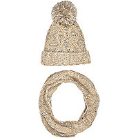 Boys stone pom pom hat and snood set
