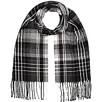 Boys black and grey tartan scarf
