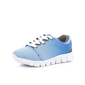 Boys faded blue runner trainers