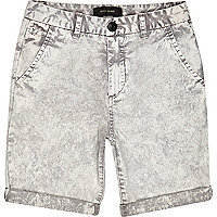 Boys ecru acid wash shorts
