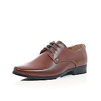 Boys brown pointed smart shoes