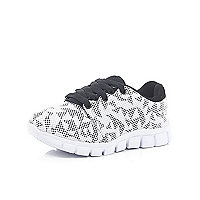 Boys white geo print runner trainers