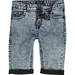 Boys skinny acid wash denim shorts