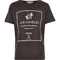 Boys black LA running these streets t-shirt