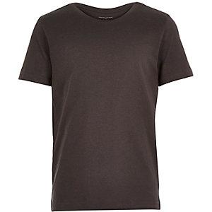 Boys plain black short sleeve t-shirt