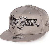 Boys grey New York script cap