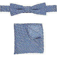 Boys blue print bow tie and pocket square set