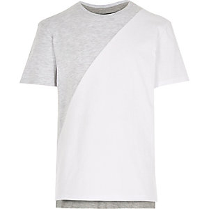 Boys grey block colour stepped hem t-shirt