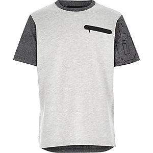 Boys grey contrast sleeve zip pocket t-shirt