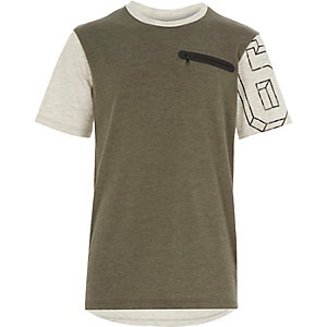 Boys khaki green zip pocket t-shirt