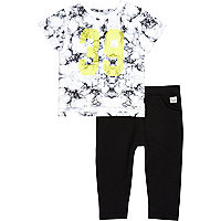 Mini boys black t-shirt and joggers outfit