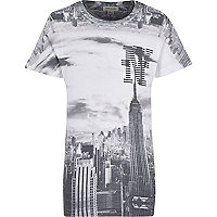 Boys empire state print t-shirt