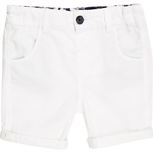 Mini boys white woven shorts