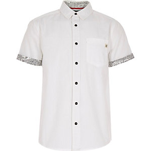 Boys white bandana print trim shirt