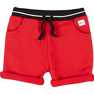 Mini boys red jersey tipped shorts