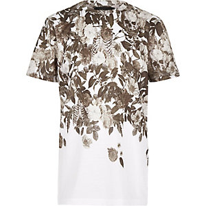 Boys ecru faded skull print t-shirt