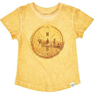 Mini boys yellow sign print t-shirt