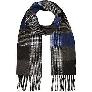 Boys grey and blue check scarf