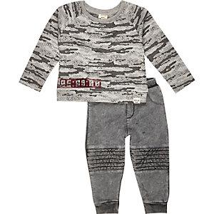 Mini boys grey camo sweater jogger set