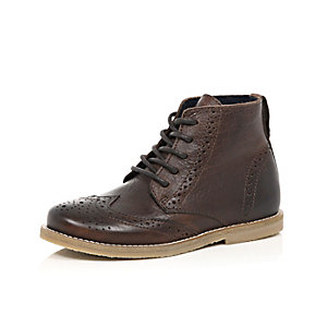Boys brown leather brogue boots