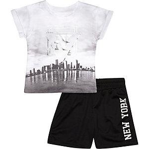 Mini boys monochrome NY t-shirt shorts outfit