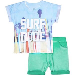 Mini boys green surf t-shirt shorts outfit