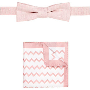 Boys pink bow tie and pocket square set