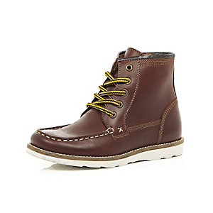 Boys brown leather hiker boots