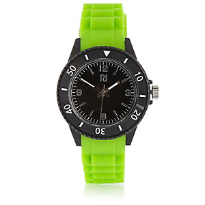 Boys green rubber sporty watch