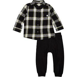 Mini boys black check shirt joggers outfit