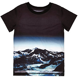 Mini boys black mountain print t-shirt