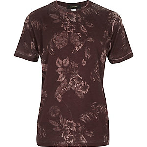 Boys red washed floral print t-shirt