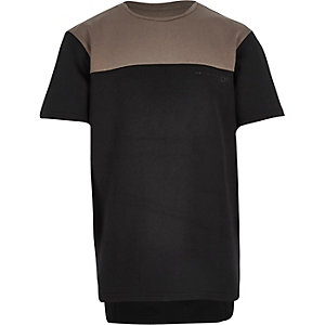 Boys black block colour t-shirt