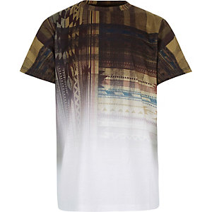 Boys brown faded geometric print t-shirt