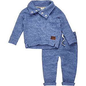 Mini boys blue cosy sweater joggers outfit