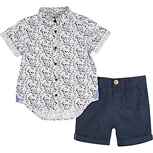 Mini boys white shirt shorts outfit