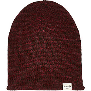 Boys dark red beanie hat