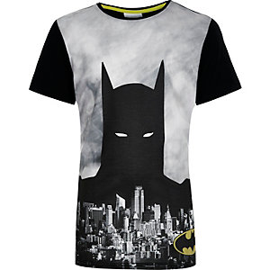 Boys black Batman print t-shirt