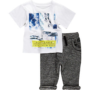 Mini boys white t-shirt joggers outfit
