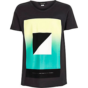 Boys black geometric print t-shirt