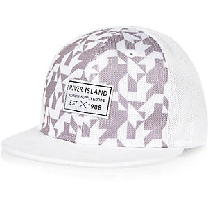 Mini boys white geometric print cap