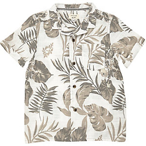 Mini boys white leaf print shirt