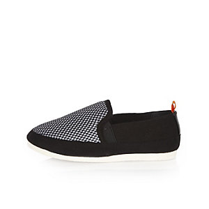 Boys black block mesh pumps