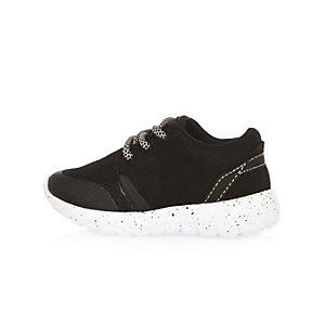 Mini boys black runner shoes
