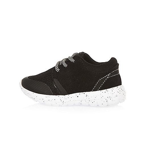 Mini boys black runner shoes